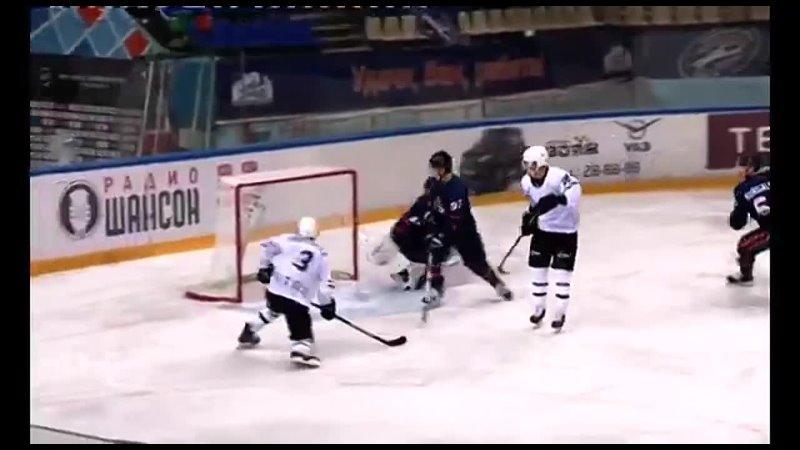 Иван Ширяев забивает два гола Южному Уралу
