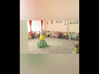 Весенний праздник.mp4