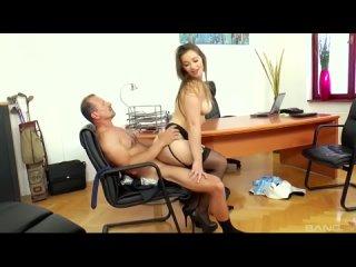 Офисная шлюха прыгает на члене porn 18+ hd sex anal milf tits big ass incest gangbang hardcore 720 POV