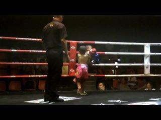 Muay Thai Kids KO (Full Fight) 2013-11-24. (720p).mp4