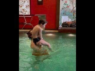 Максим, Гарри и Лиза Галкины - Водный фитнес (instagram @maxgalkinru, 2021)