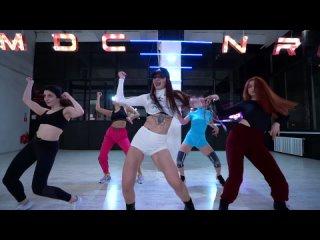 JULI PRIMA // FEMALE DANCEHALL