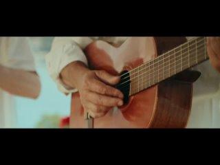 Rocco Hunt, Ana Mena - Un bacio allimprovviso