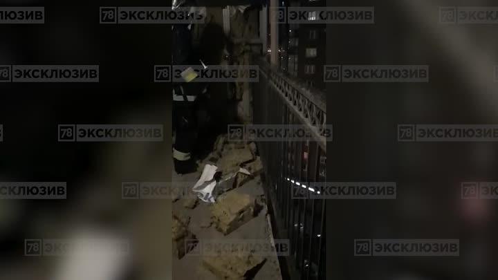 11 апреля в 20:31 на пульт МЧС поступило сообщение о пожаре по адресу: проспект Космонавтов 63 корпу...