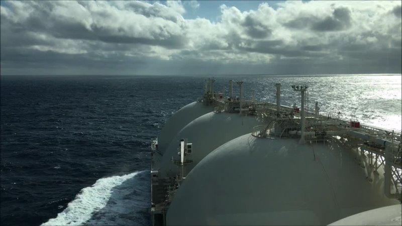 Один из дней в море на борту СПГ Гранд Анива