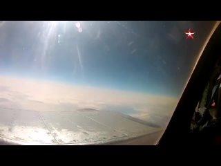 Видео перехвата приближавшегося к границе РФ американского самолета