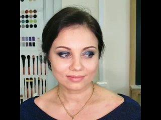 прическа и вечерний макияж