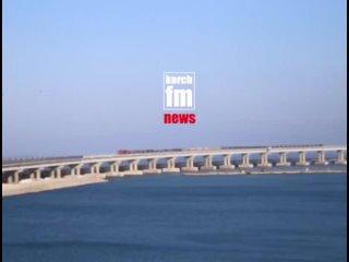 Военная техника на Крымском мосту