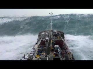 Tanker Facing Monster Waves in North Atlantic