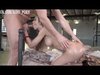 Francys Belle - Shackled By Lust
