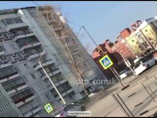 10 экипажей ДПС в Томске  преследовали сегодня утром автомобиль Toyota, водитель которого создавал аварийную ситуацию на дороге