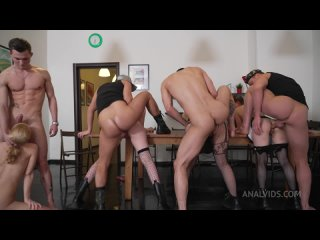 Lara Frost, Baby Bamby, Mia Piper, Jessie Way (Hard Women's Army! Sergeant Lara and her first Triple Anal Penetration)
