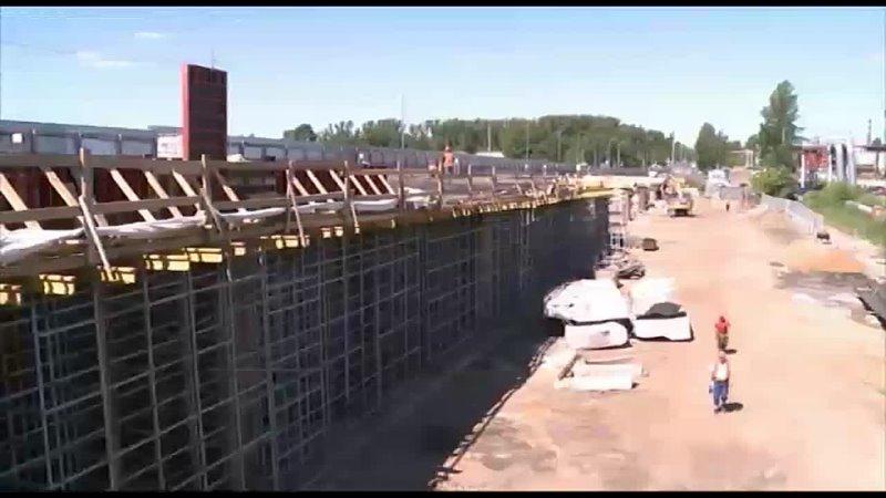 На Добрынинском мосту закончили восстанавливать опоры и демонтировать пролётные строения