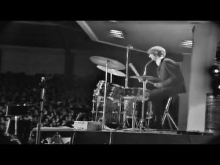 Twist and Shout (Live At The Festival Hall in Melbourne) - The Beatles