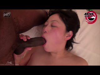 Momos First Interracial Fuck With A Black Guy [Uncensored Japanese JAV All Sex Blowjob Squirting Creampie