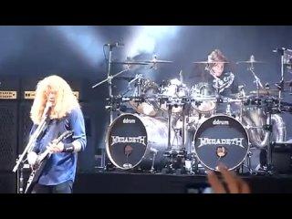 Megadeth - Public Enemy No. 1 (Live In Hartford 2011)