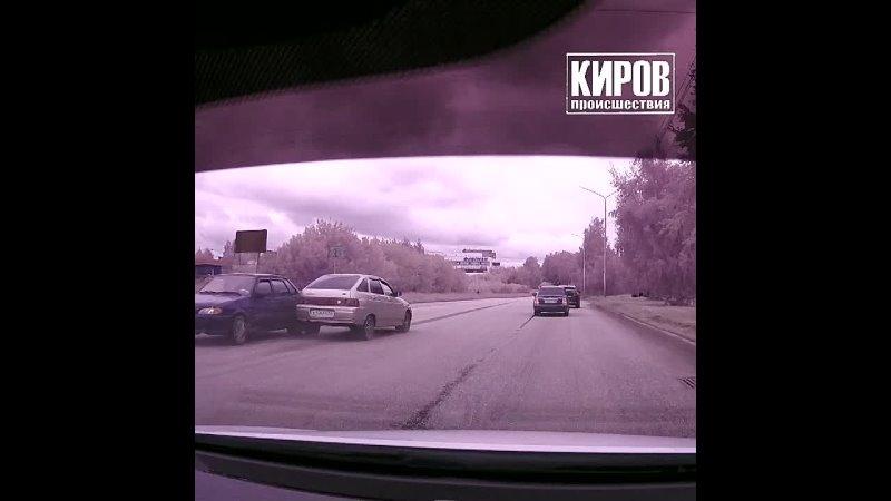 Провокатор на Приоре ДТП в Чепецке
