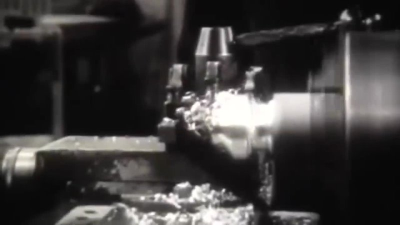 В одиночку уничтожил 57 фашистов 11 танков и 6 бронетранспортеров mp4