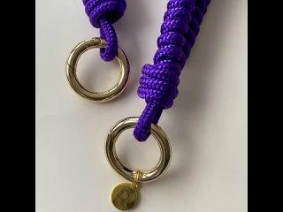 Завершаю показывать наши новые яркие #плетеныеремни и жду ваших лайков.И заказов, самой собой 😁⠀————-На фото фиолетовый #рем