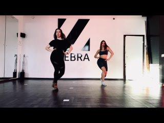 Vogue у Леры, Лера и Ульяна (Madonna - Vogue (Boyfriends Twerk Team Remix))
