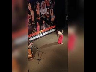 Банникова Екатерина - импровизация под аккомпанемент Али Аббасова г.Томск