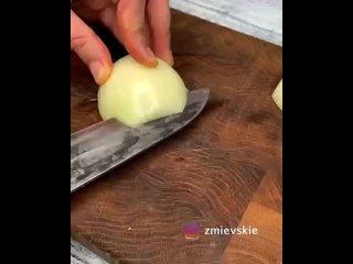 Суп с фрикадельками 🍲⠀Ингредиенты:🥩фарш говяжий - 400г🧅лук - 250г (125 на фарш, 125 на поджарку)🥔картошка - 300г🍚рис - 2ст