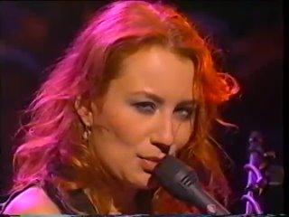Tori Amos Unplugged (1996)