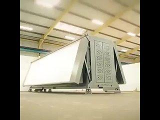 Крутой отель из модулейОтель можно построить... за один день. Если развернуть его из специальных модулей, которые умещаются в с