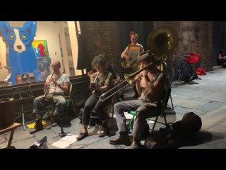 Tuba Skinny - Saturday Night Function