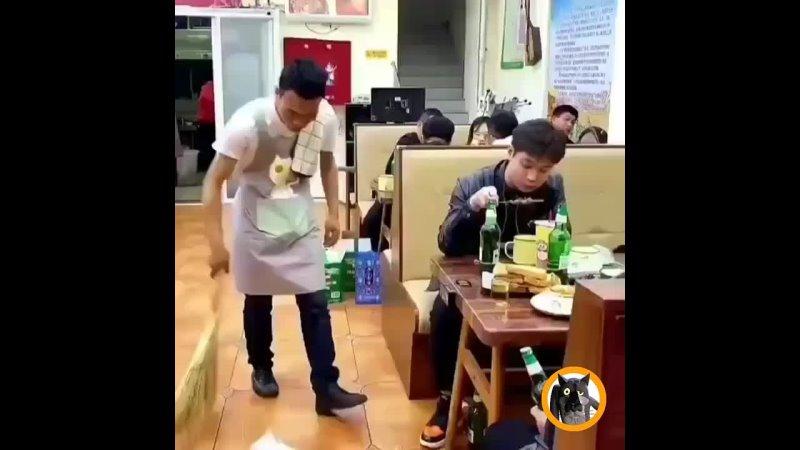 Универсальный официант 😎 Работа не Волк