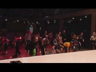 Мастер класс от чемпиона мира по Breakdance @vladbmt Все было круто!!!🔥🔥🔥🔥Спасибо за видео @voloboev_foto 💥💥💥💥@umnikum_birsk