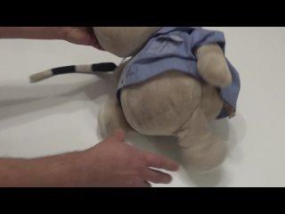 CHENCH/ЧЕНЧ. Бегемот в мундире и со звёздами - главный начальник полиции, уступите дорогу. Hippo toy