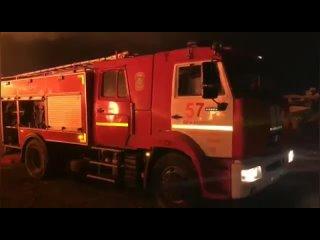 Крупный пожар в промзоне у Волхонского шоссе удалось локализовать