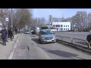 ДТП на пересечении Победы и Автостроителей.mp4