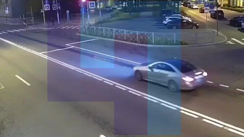 Колонна велосипедистов экстремалов встревожила жителей Петербурга