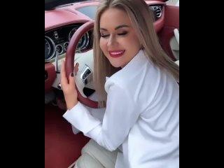 Марина Капаклы (Африкантова) купила машину мечты и Рома целует её руки!🔥🔥🔥