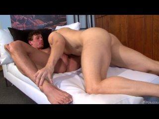 Jesses Getaway (Jesse Santana and Devon Hunter)