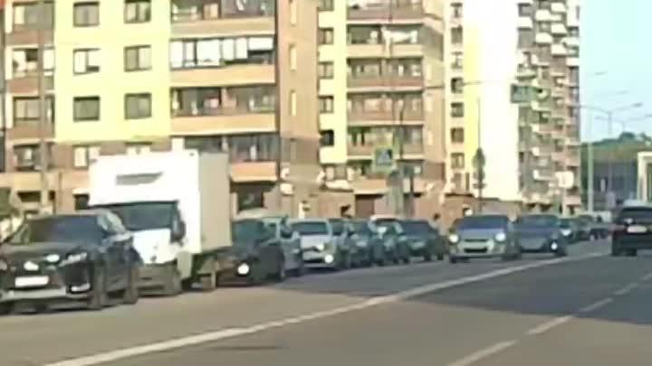 Видеозапись вчеравшнего ДТП в городе Кудрово. Новость ранее: https://vk.com/wall-68471405_15383609