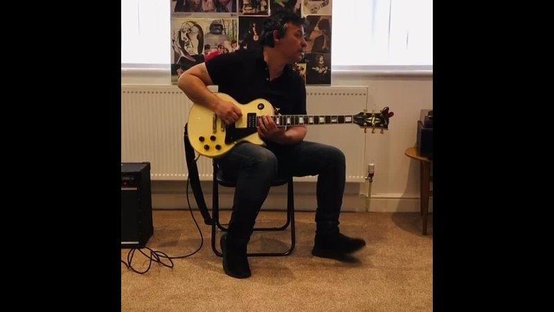 James riffs - ozzy