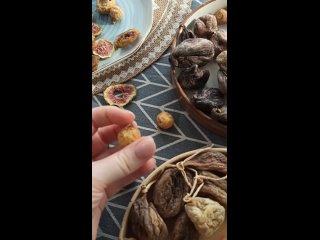 Video by Mealshop. Орехи. Сухофрукты. Сладости