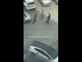 Драка таксиста с буйным пассажиром