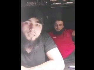 Кавказец стреляет