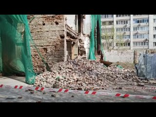 """Обрушение здания """"Дома художника"""" в центре Саратова.Улица Московская."""