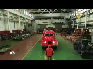 Главная дорога. Хоть сейчас на пожар: вторая жизнь уникального послевоенного автомобиля, помогавшего тушить пожары.