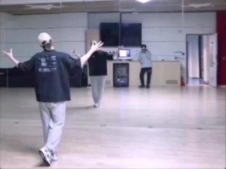 Танцы от волчонка🐺