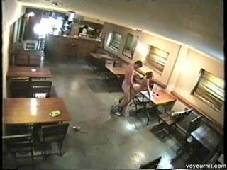 Взломанные домашние камеры, скрытая камера, публичный секс, выебал на столе, трахнул стройную, молодые ебутся, подглядывает, sex