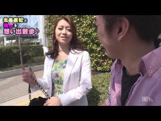 Японская девушка потрахалась на первом свидании, получив кремпай мохнатки