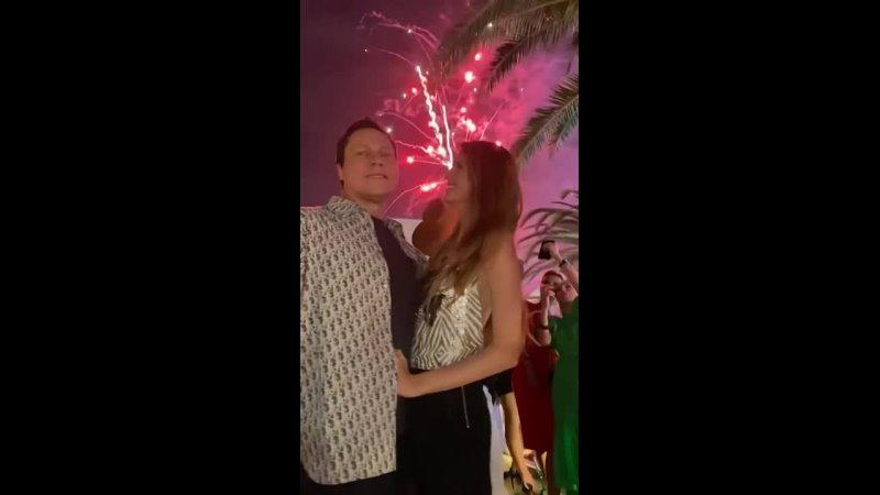 Видео от Tiësto