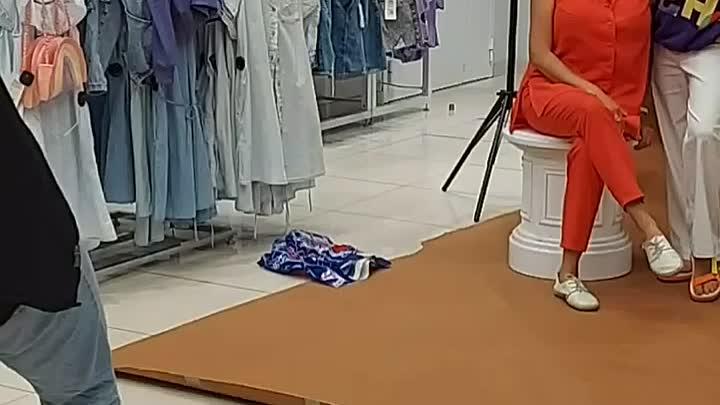 Видео от Увлеченный стилист. Твой работающий гардероб.