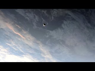 Вид на Endeavour с МКС